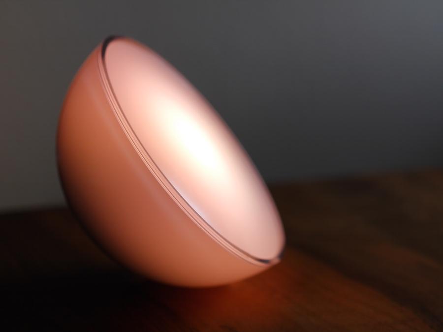 philips hue go im test smarte leuchte zum mitnehmen housecontrollers. Black Bedroom Furniture Sets. Home Design Ideas