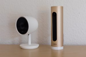 Nest Cam IQ neben der Netatmo Welcome Kamera