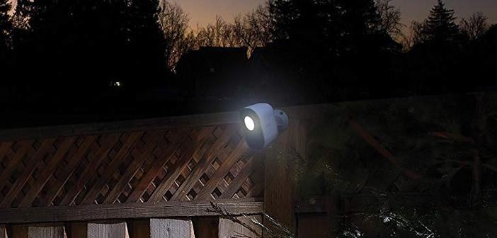 Arlo Smart Home Security Light im Test: Smartes Licht für mehr Sicherheit